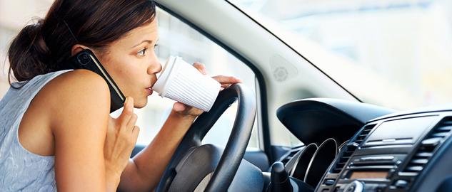 distrarsi alla guida
